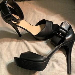 Guess leather heels NEW size 10